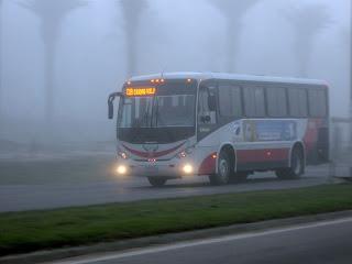 bus, cerita