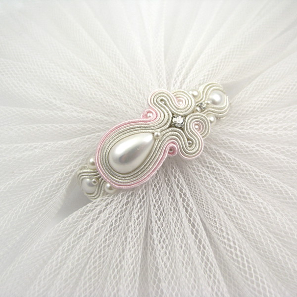 Bransoletka ślubna sutasz ivory z perłami.