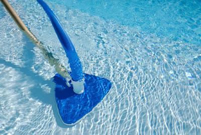 Aspirar a piscina