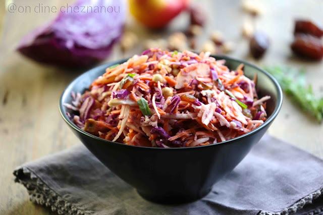chou rouge , céleri coleslaw light , datte , sauce tahiné, estragon