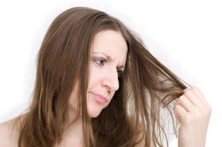 5 Cara Cepat dan Mudah Mengatasi Rambut Kering