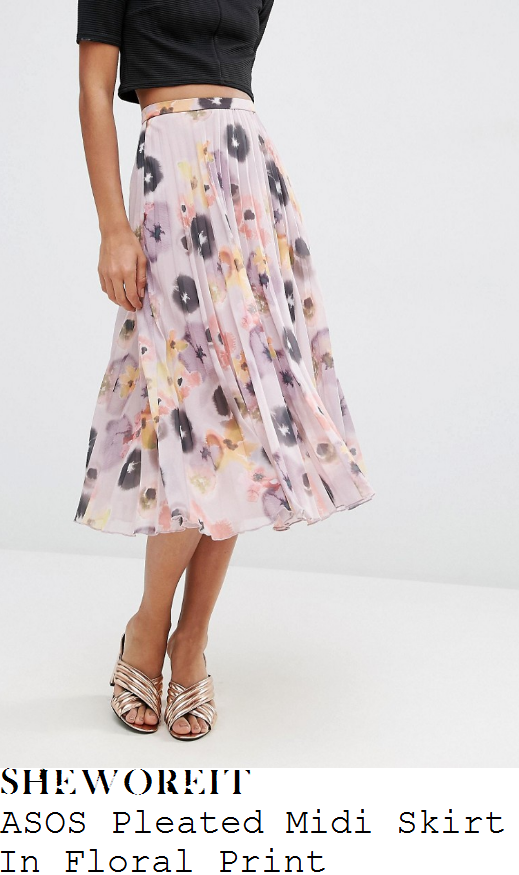 anita-rani-asos-dusty-lilac-pink-lavender-yellow-black-and-multicoloured-pansy-floral-print-high-waisted-pleated-chiffon-midi-skirt