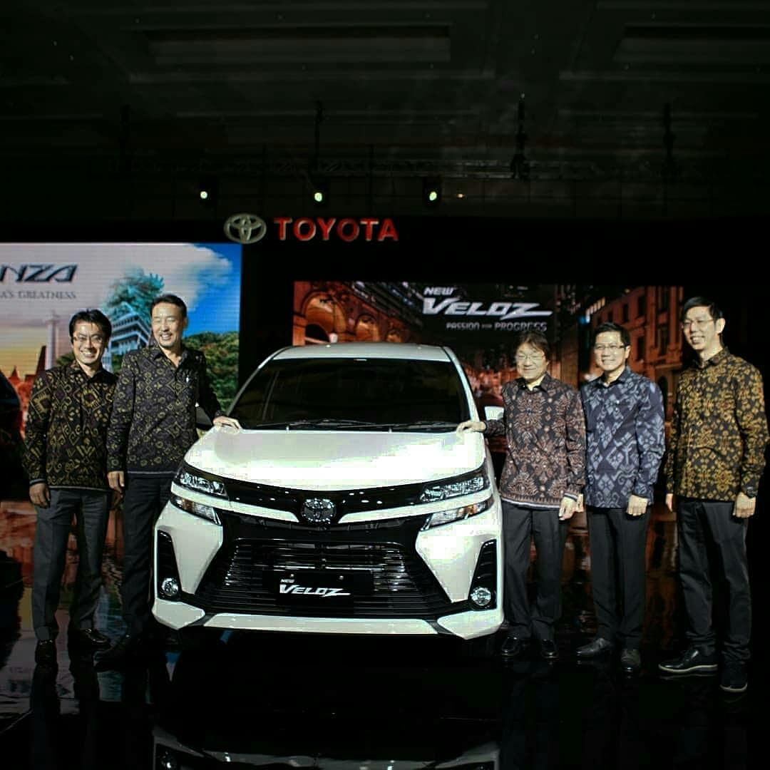 Toyota New Avanza dan New Veloz Resmi Mengaspal