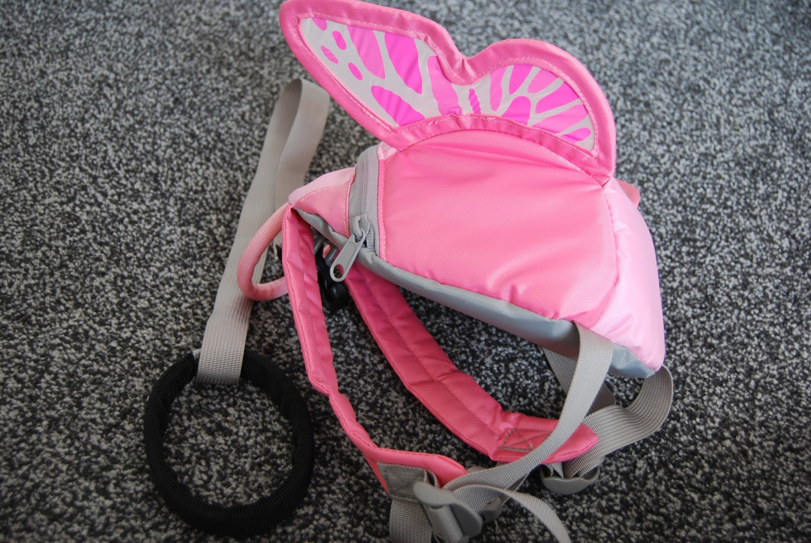 93135ff14748 Chic Geek Diary: LittleLife Butterfly Toddler Backpack - Review