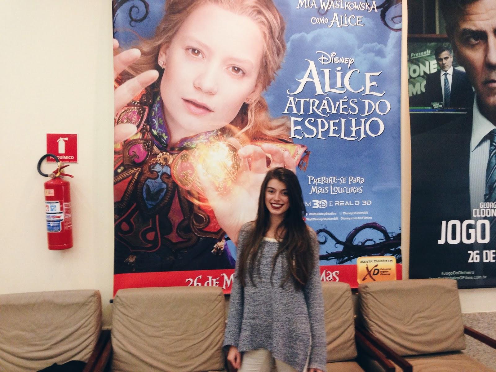Um Novo Roteiro Alice Através Do Espelho Filme Vs Livro