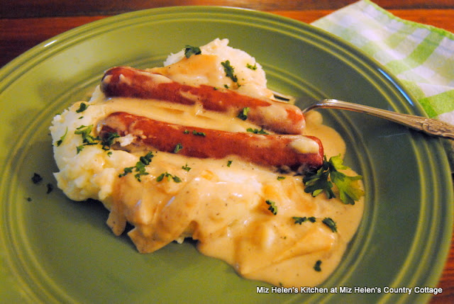 Bangers & Mash With Onion Gravy at Miz Helen's Country Cottage
