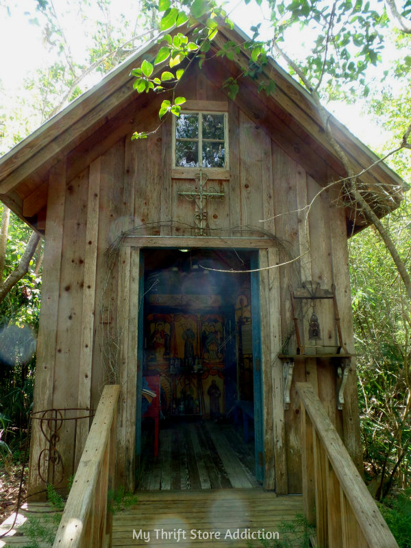 Little Chapel in the Woods: Bide-A-While Retreat Part 2 mythriftstoreaddiction.blogpsot.com Charming chapel nestled in the woods