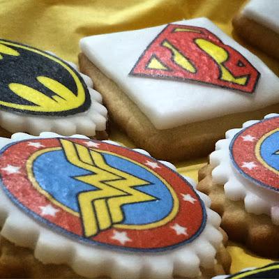 biscotti per una festa a tema supereroi