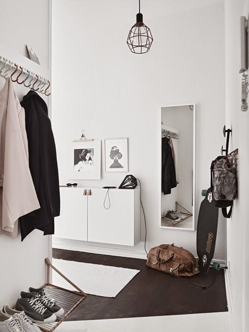 decoración de recibidor con mueble consola