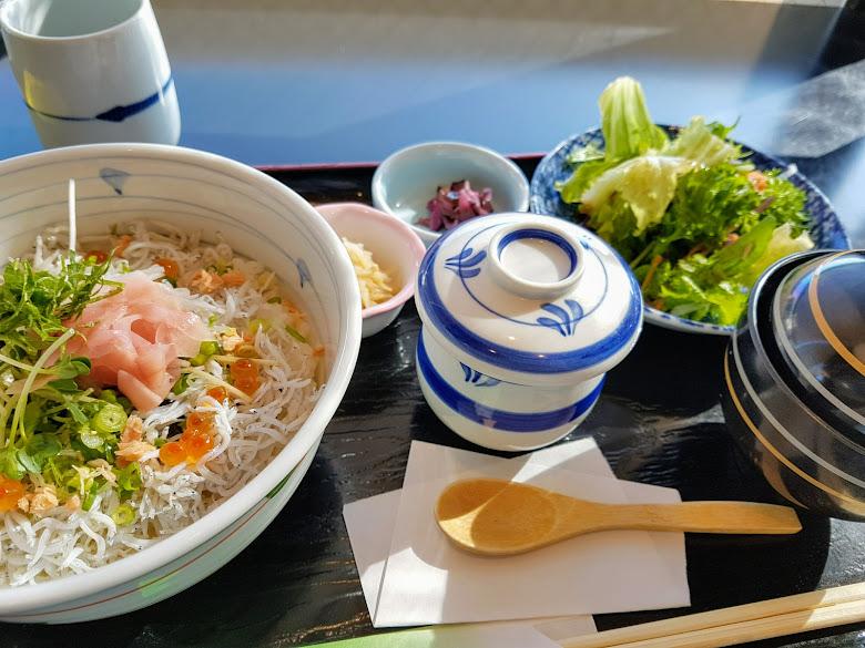 午餐-吻仔魚丼飯套餐