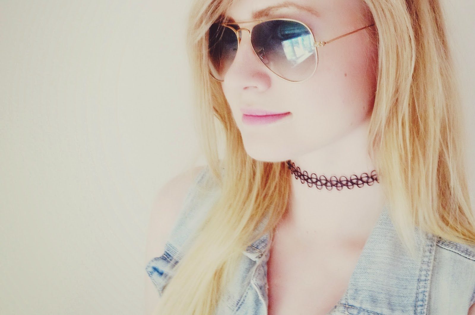 tattoo choker, 90s tattoo choker, vintage accessories, 90s trend