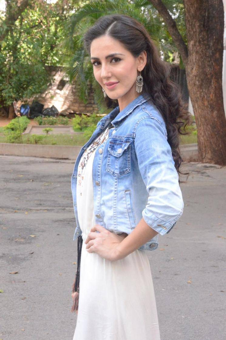 Farah Karimi Photos In Blue Dress At Movie Launch