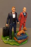statuette matrimonio valigie tema viaggio bassotto cake topper unioni civili matrimonio gay orme magiche