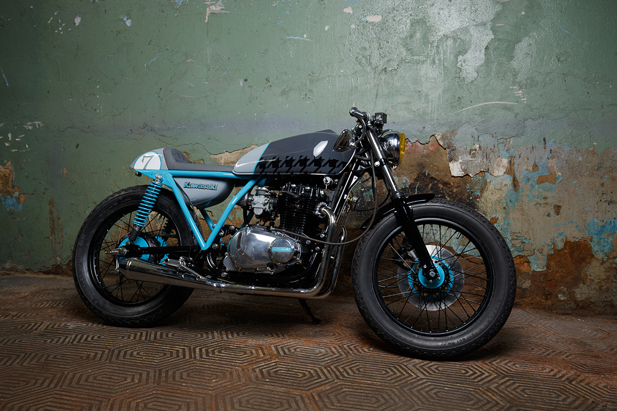 minsk motorcycle - sparta kawasaki kz400 ~ return of the cafe racers