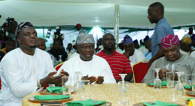 Ambode Breaks Fast With Muslims