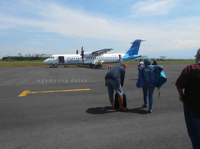 Naik Mini Garuda Indonesia dari Bandara Notohadinegoro