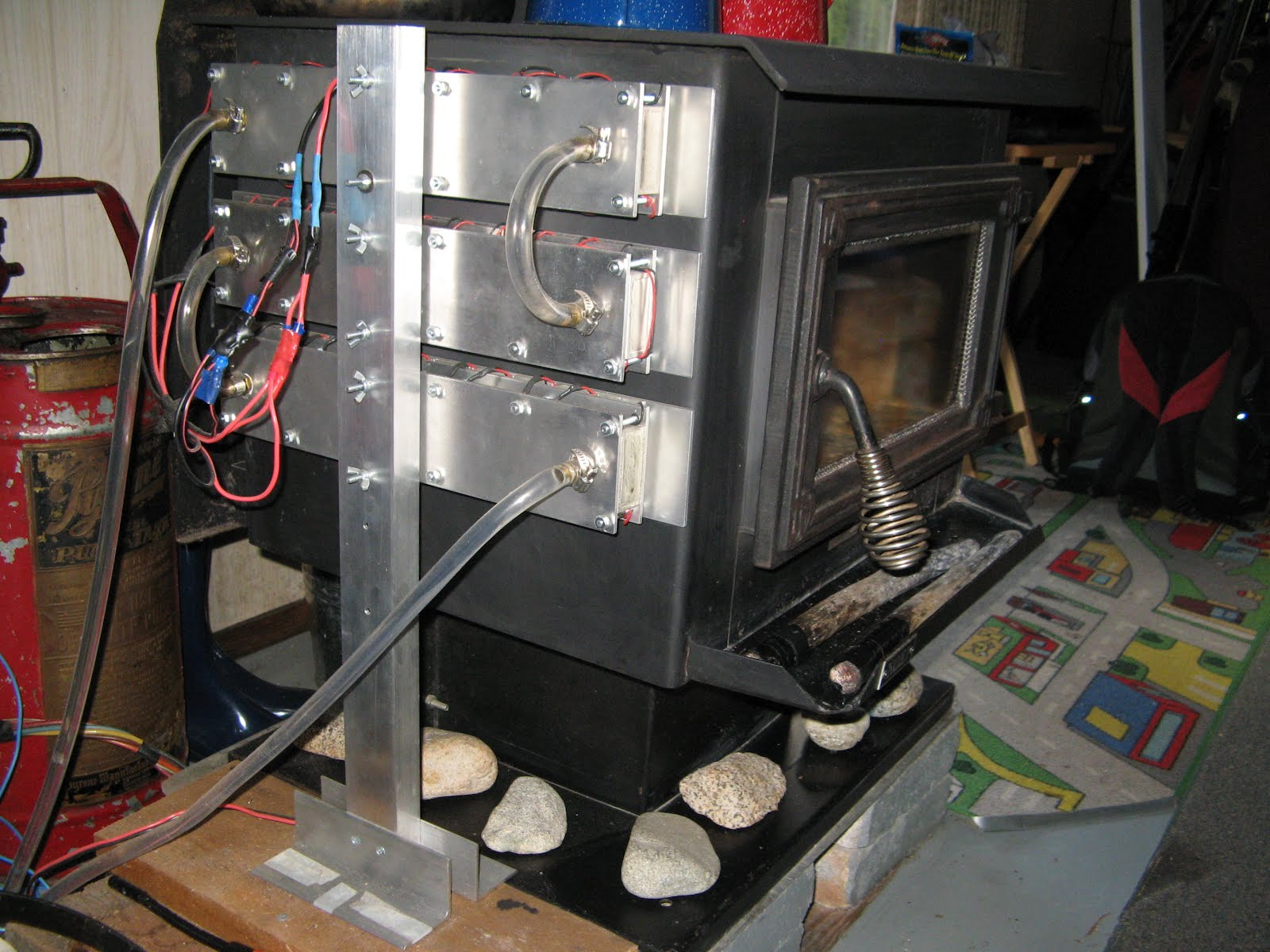 Thermoelectric Wood Stove Solar Power on homemade thermoelectric generator