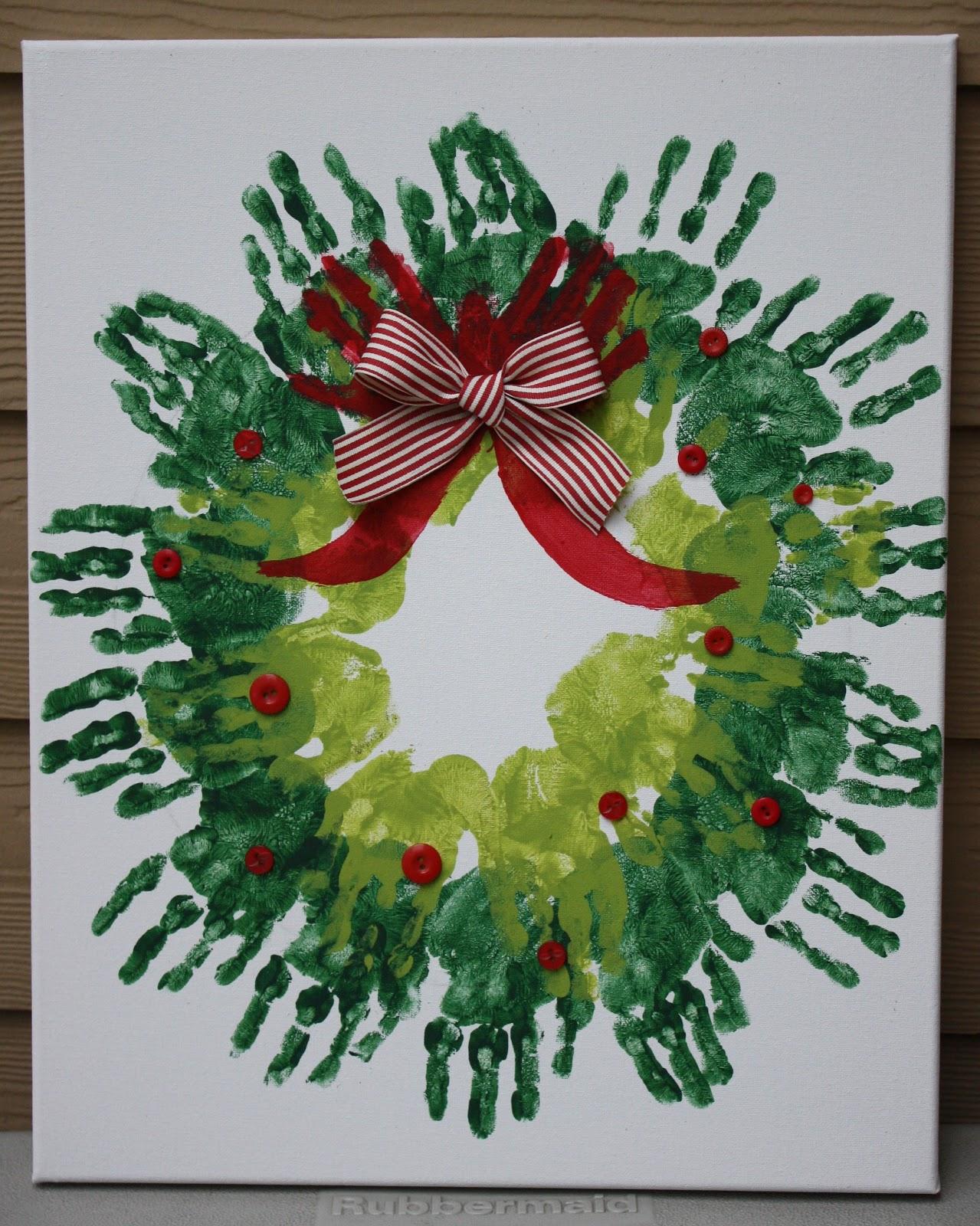 Risa S Pieces Of Art Handprint Christmas Wreath