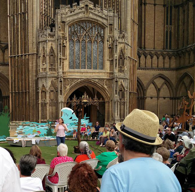 Hundreds of people enjoyed a play outside the cathedral