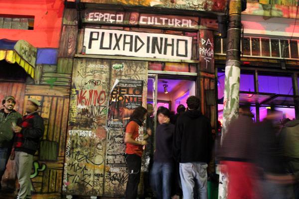 Casa de shows Puxadinho na Praça volta à ativa em formato itinerante
