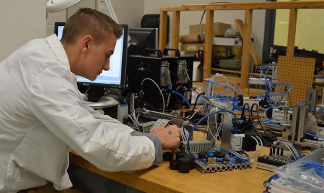 Mechanical electro Electronic Engineering