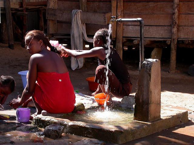 scène de vie à Nosy Komba