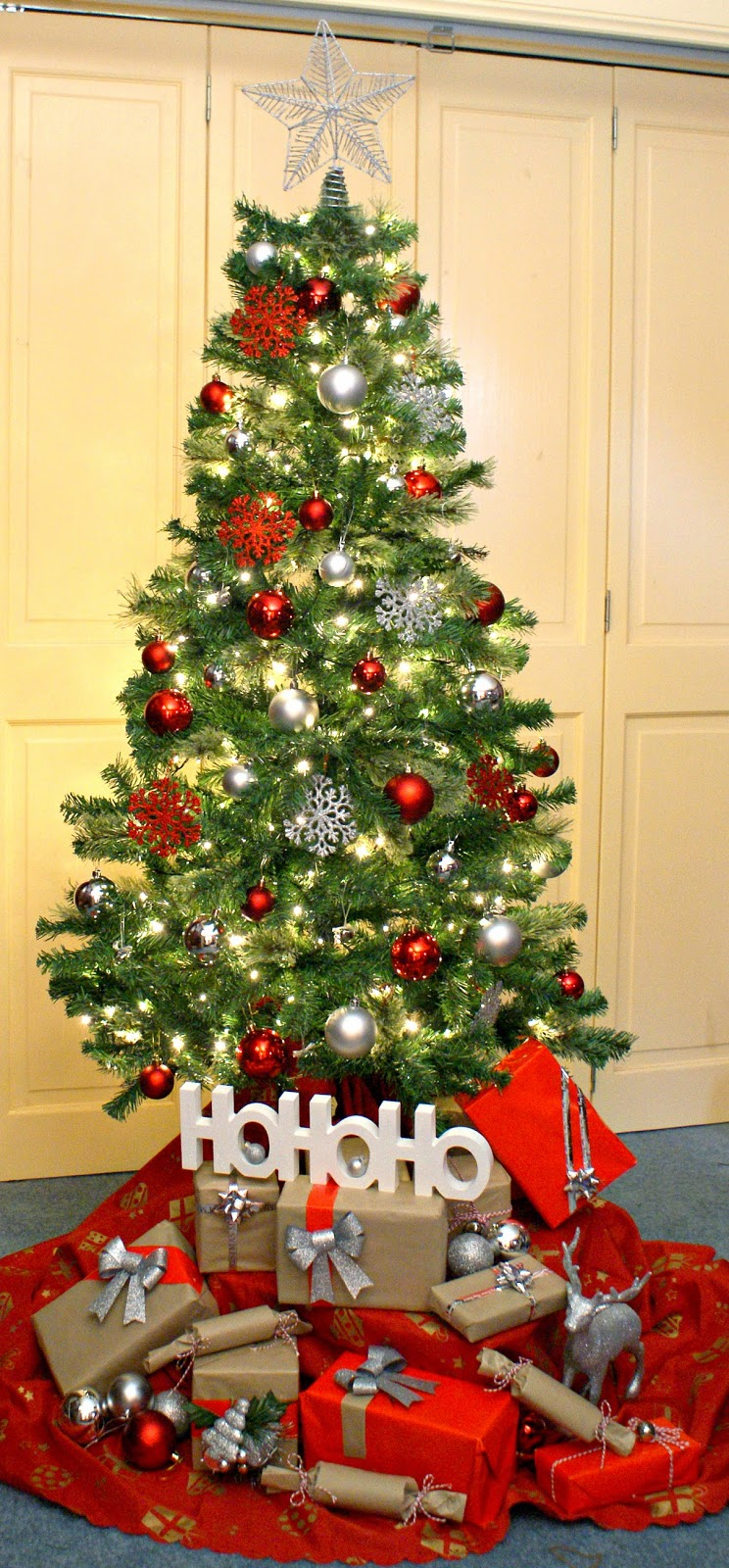 Southern In Law DIY Christmas Tree Decorating on a