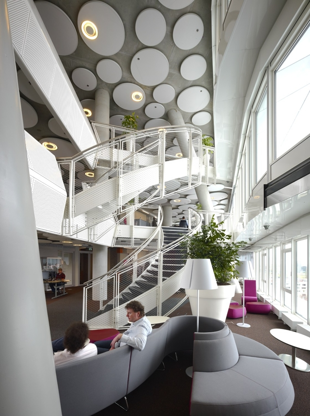 Picture of the sky lobby and resting area with circular staircase