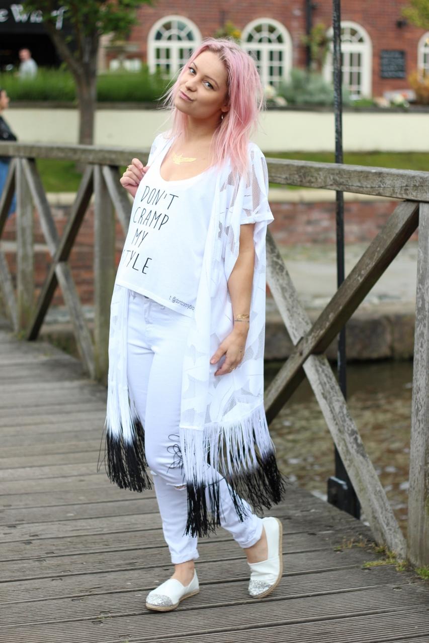 pastel pink hair girl