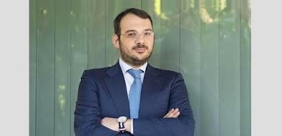 http://www.beppegrillo.it/2017/11/solidarieta_e_gratitudine_per_paolo_borrometi_giornalista_nel_mirino_della_mafia.html