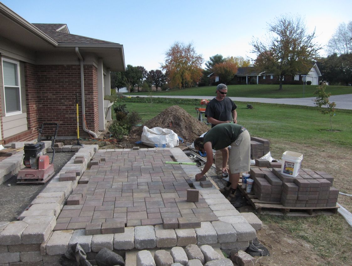 How To Lay Pavers For A Patio