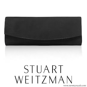 Kate Middleton carried Stuart Weitzman Muse clutch