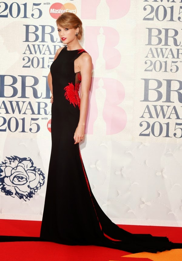 You NEED To See The Back Of Taylor Swift's BRIT Awards Dress