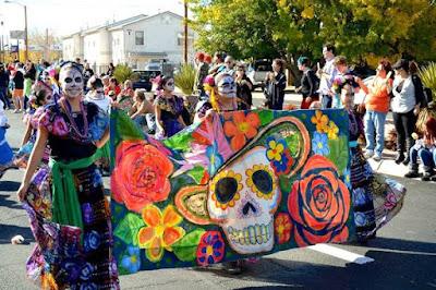 No México, 'Dia dos Finados' é celebrado com festa