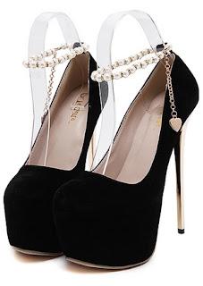 sepatu high heels hitam