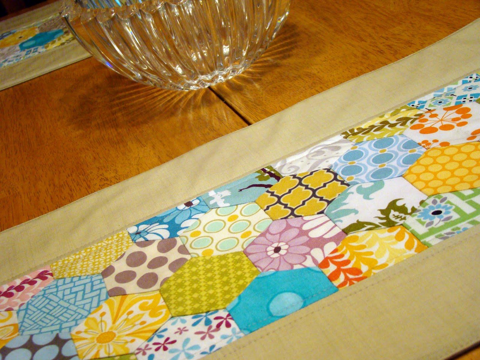 Sewcraftyjess Accuquilt Go Hexagons Placemat Tutorial