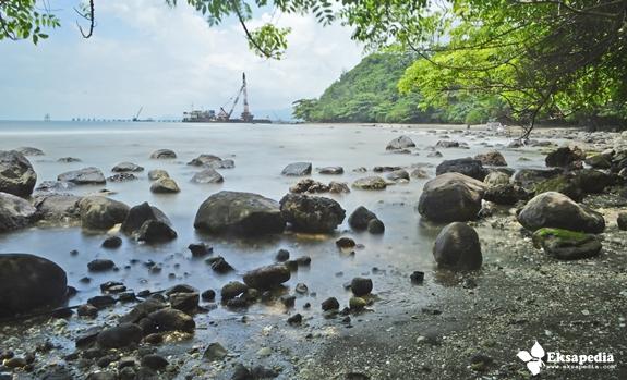 Keindahan Pantai Di Batang