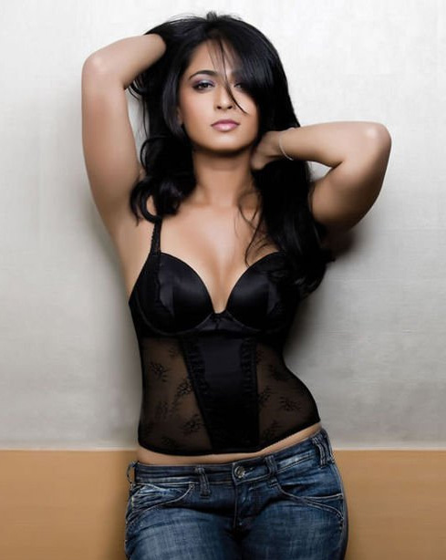 Anushka Shetty HD Photo