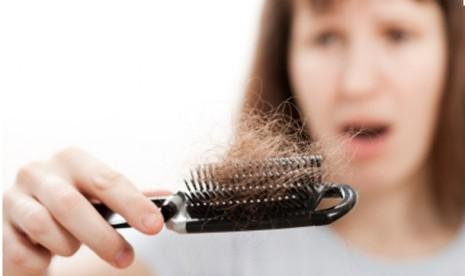 6 Bahan Alami untuk Mengatasi Rambut Rontok Agar Penampilan tetap Maksimal! ec4ed196df