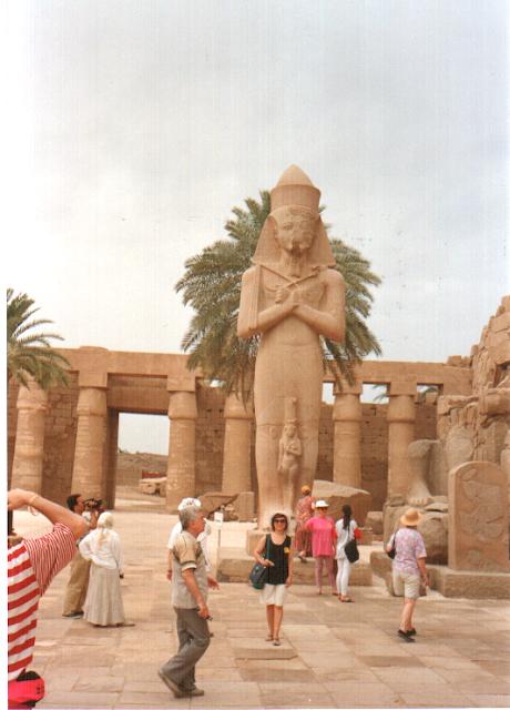 Karnak Tapınağı