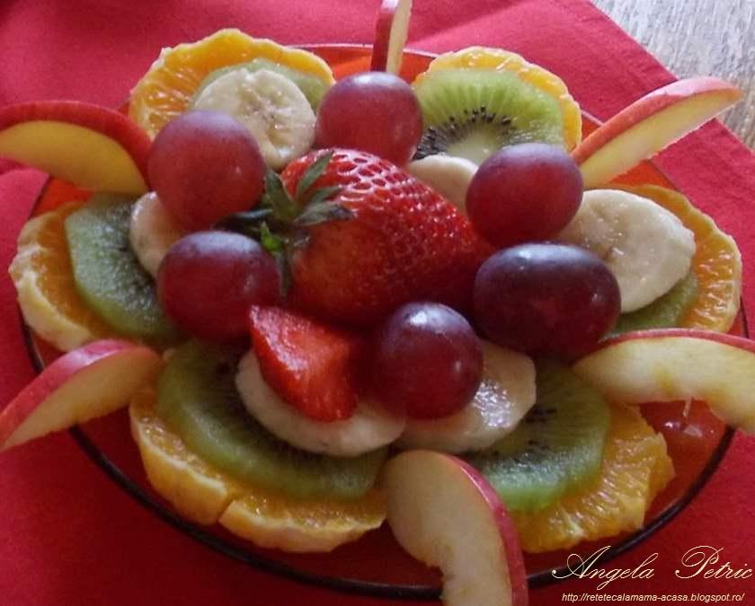 Reteta salata de fructe