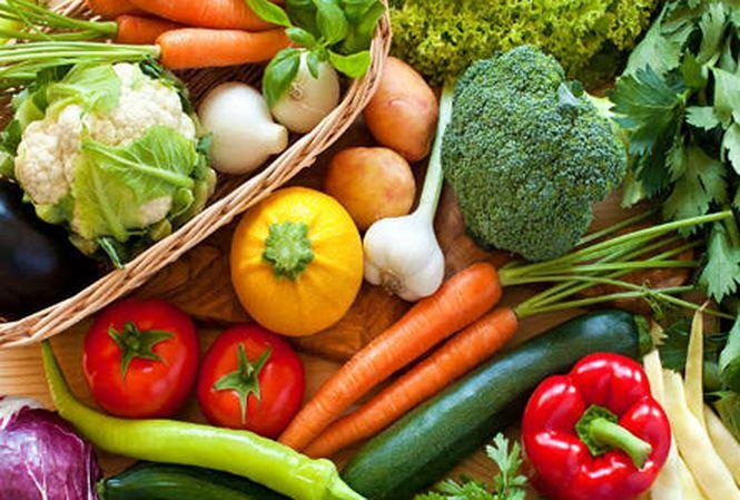 Dễ bầm tím, mệt mỏi, chuột rút... rất có thể bạn ăn thiếu rau xanh