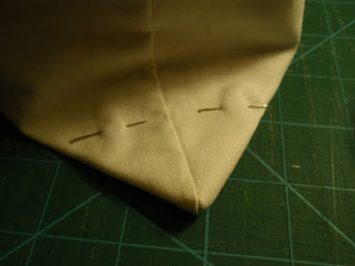 Tiny Tote - Boxing the corners