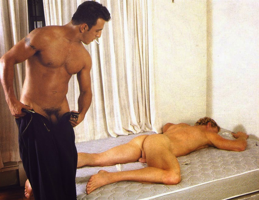 Tony Mecelli fucks bodybuilder Trey Rexx - Extremetube
