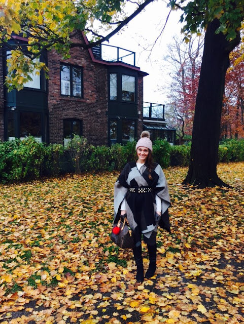 Steve Madden clothing, fall outfit, leather pants, how to wear a cape, how to wear oversized scarf, how to wear leather pants, toronto blogger, canadian blogger, louis vuitton speedy