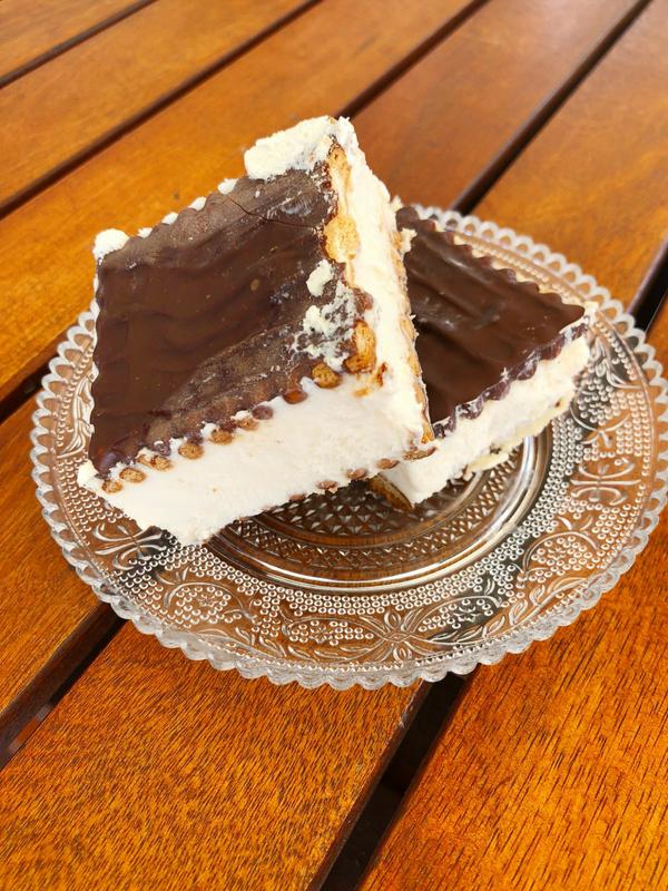 Easy homemade Ice Cream sandwiches recipe (no ice-cream maker) - Ioanna's Notebook