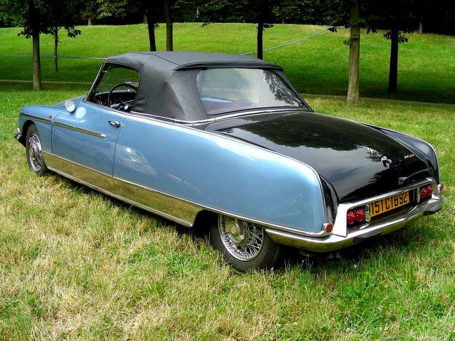 fab wheels digest f w d citro n ds le caddy convertible by chapron 1959 68. Black Bedroom Furniture Sets. Home Design Ideas