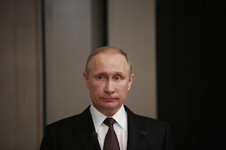 Πούτιν: Εχθρική πράξη η επίθεση στη Συρία