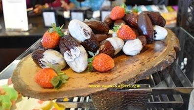 kurma natural delights medjool dates