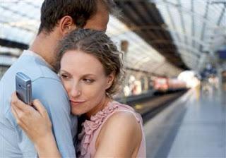 Cara Mengetahui Pasangan Selingkuh Lewat HP
